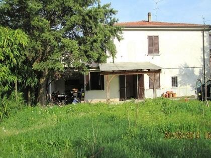 San Giorgio porzione di casa con ampio giardino