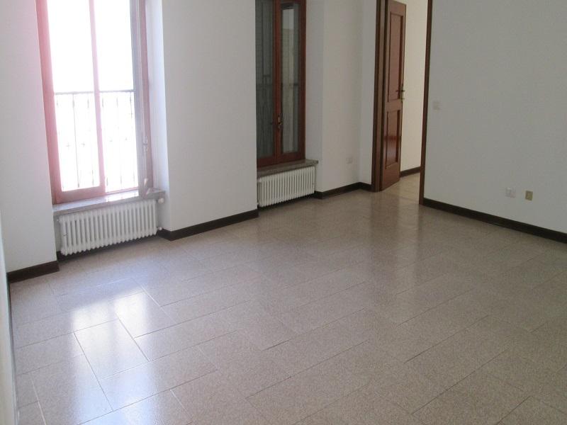 Fiorenzuola Ufficio 4 Vani e Locale Archivio