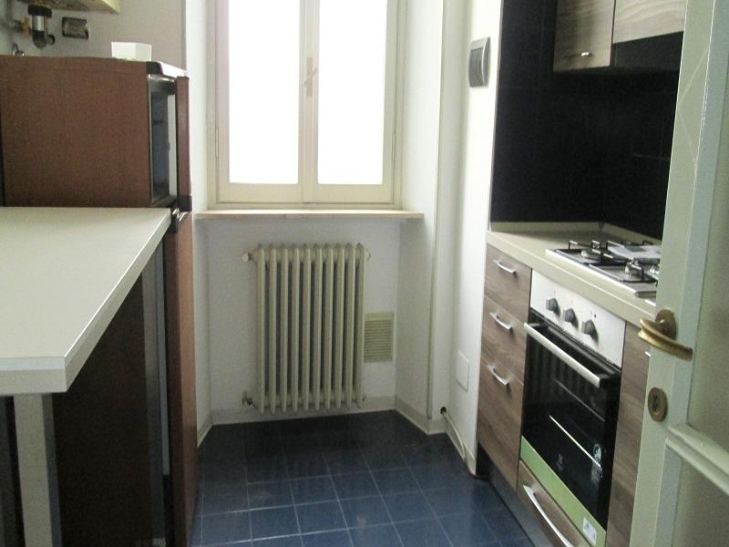 Fiorenzuola appartamento Due Camere Con Terrazzo e Rustico annesso