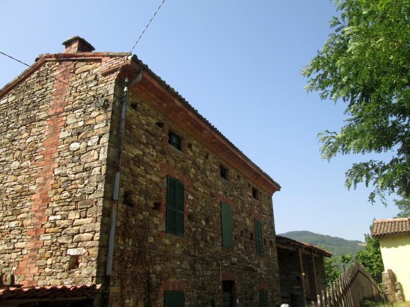Zona collinare Casale in Sasso con Giardino