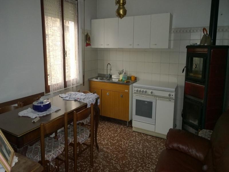 Trinita' Casa con 6 vani e 2 Servizi e Magazzino