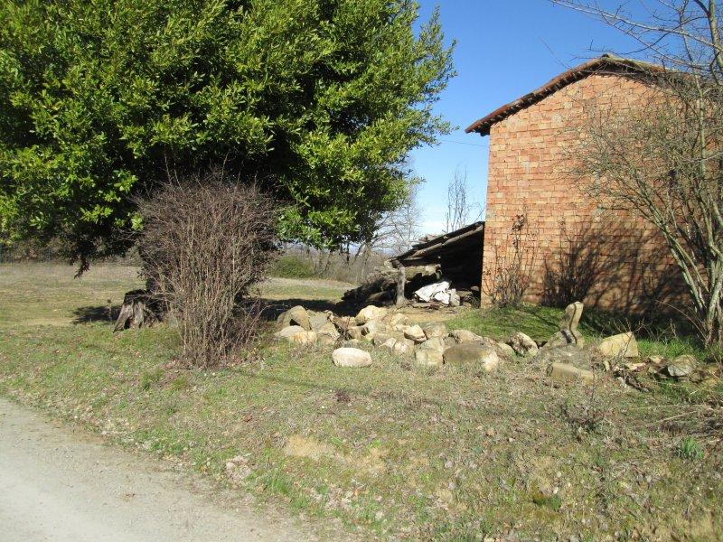 Rustico con Giardino in Area Panoramica