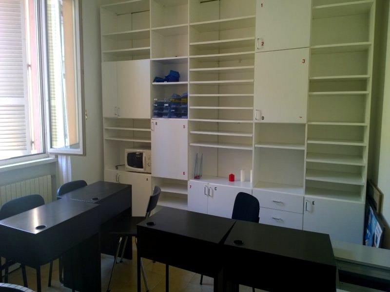 Ufficio con Reception  3 Vani e Servizio