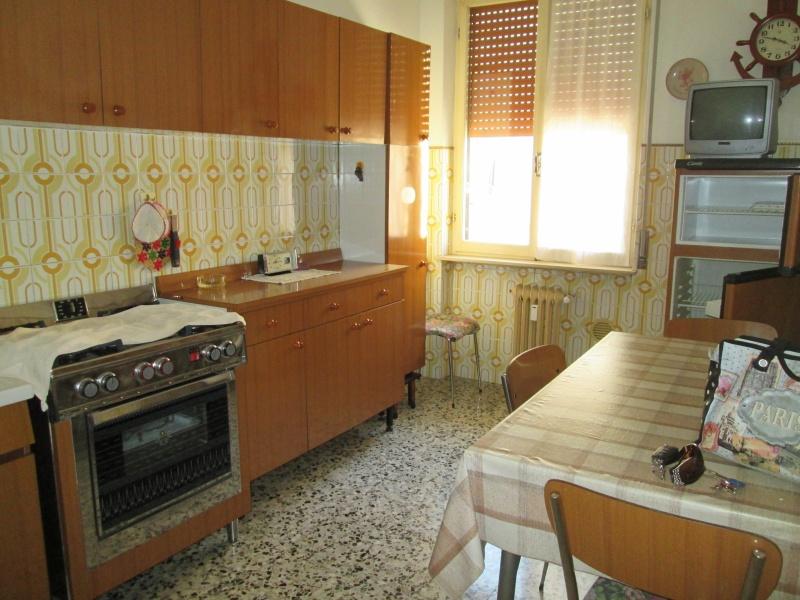 Fiorenzuola Appartamento 2 Camere con Garage