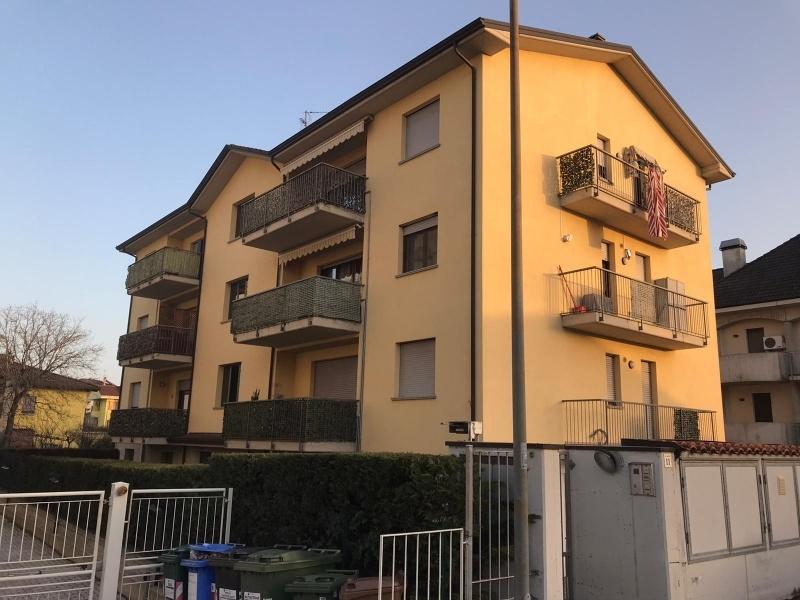 Fidenza zona coduro Appartamento con Garage e Terrazza