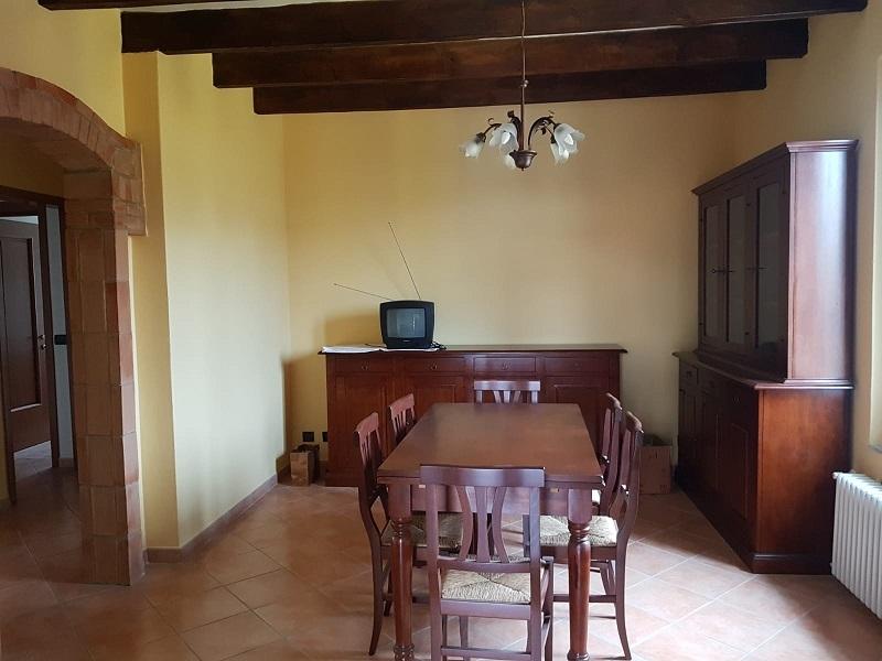 Fidenza 2 Camere Ristrutturato in Trifamigliare