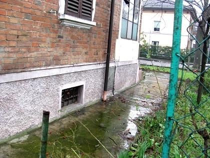 Piacenza Villa Indipendente da Ristrutturare